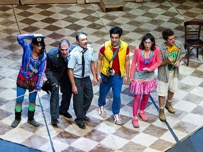 ''Τζέλα, Λέλα, Κόρνας και ο Κλεομένης'' στο Θέατρο Πορεία