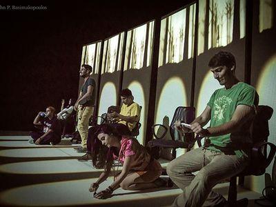 ONLINE: Μία παράσταση για το bullying και τη σχέση μας με το διαδίκτυο